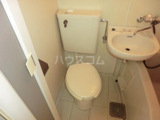 パレス小幡 202号室のトイレ