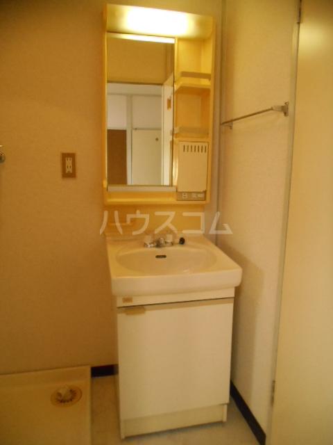 宮ノ脇マンション 302号室の洗面所
