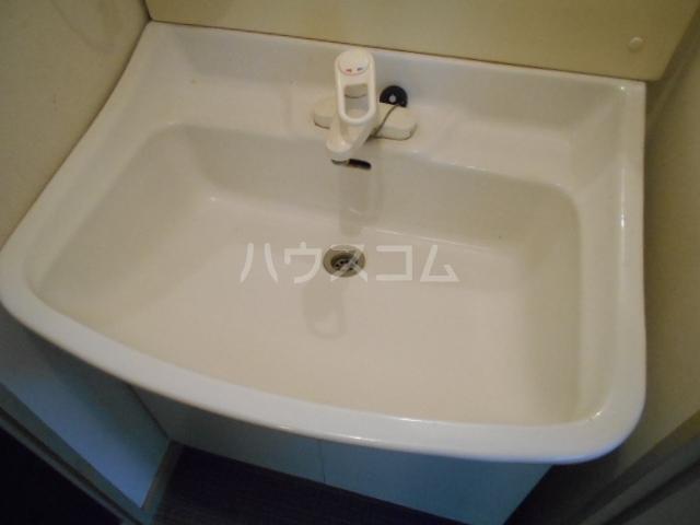 コーポK 101号室の洗面所