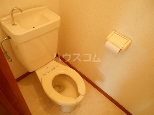 コーポK 102号室のトイレ
