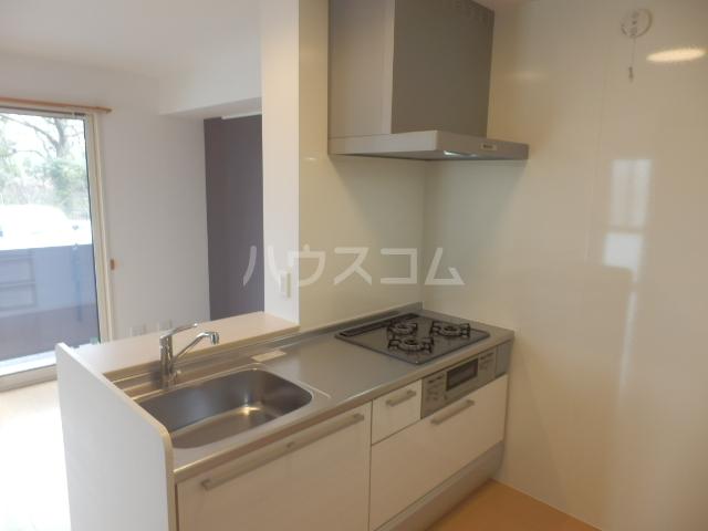 グランドールAbe 201号室のキッチン