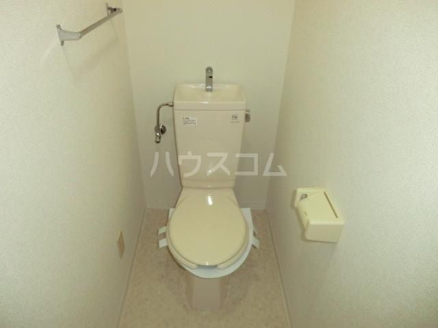 トヨカワマンション 404号室のトイレ