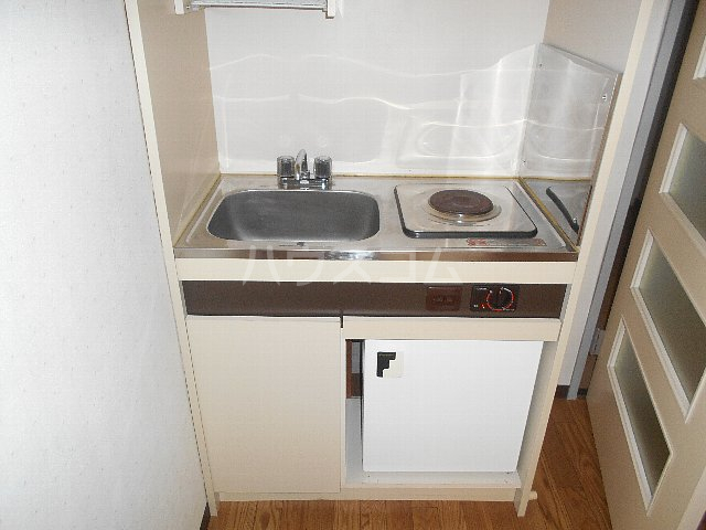 シティパレス相模原 104号室のキッチン