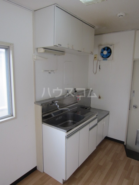 コーポ井垣 201号室のキッチン