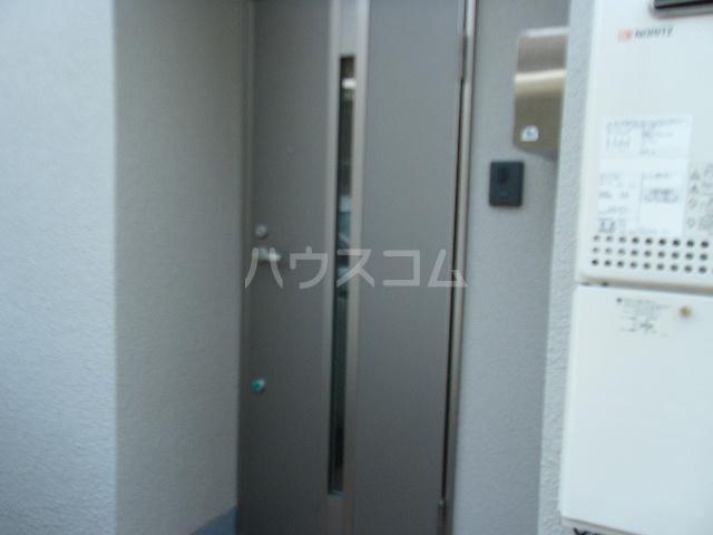 コーポ光栄 102号室のエントランス