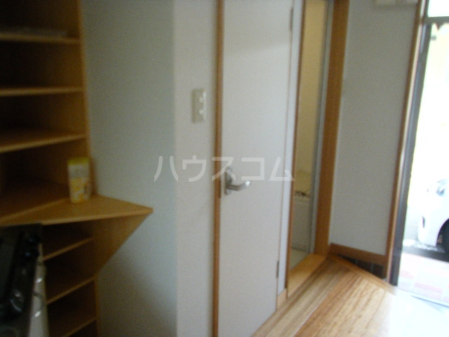 コーポ光栄 102号室の玄関