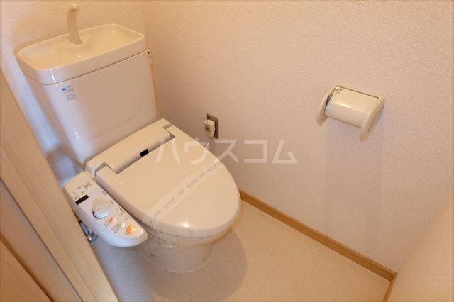 グラシア・K 102号室のトイレ
