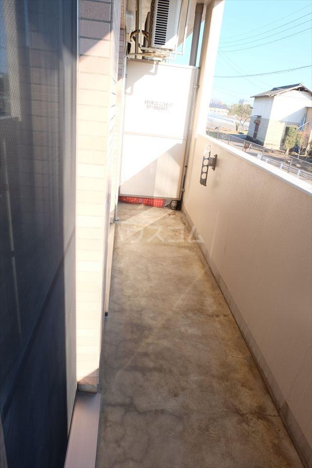 グラシア・K 102号室のバルコニー