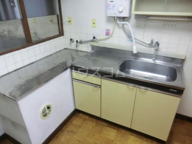 ケンハイム 403号室のキッチン