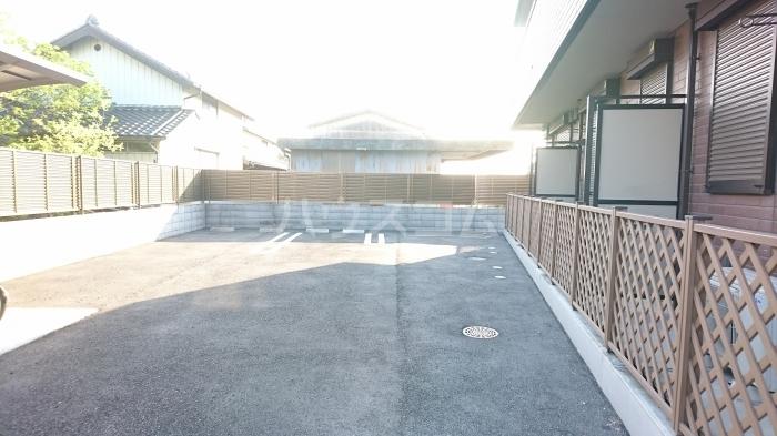 High Excel 11 101号室の駐車場