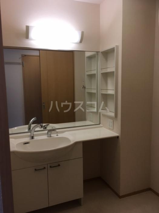 High Excel 11 101号室の洗面所