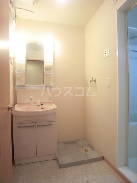 ボナール07 101号室の洗面所