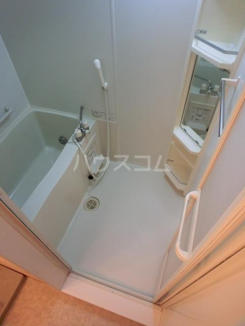ボナール07 101号室の風呂