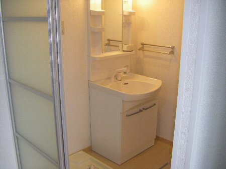 フォルスXI 102号室の洗面所