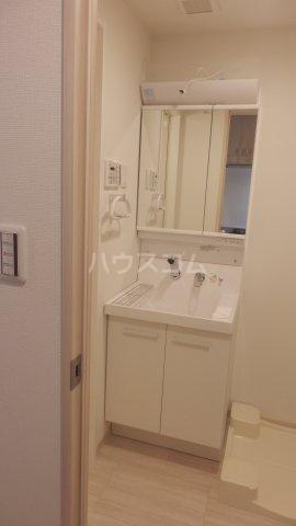 サンライズ宇都宮 406号室の洗面所