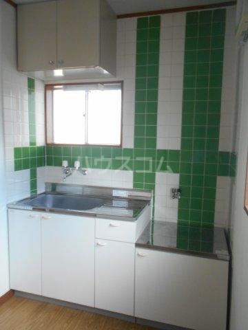 一寸木アパート 201号室のキッチン
