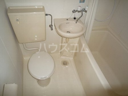 エステートハウス 303号室の風呂