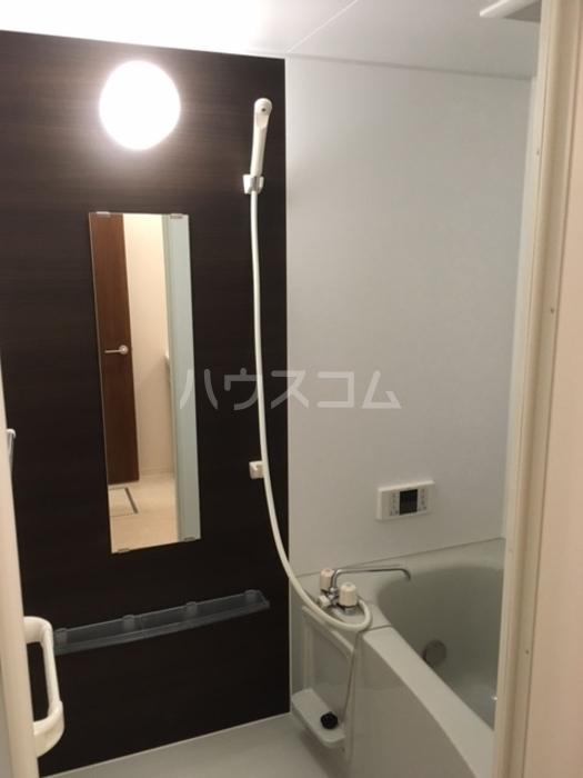 利根レジデンス 302号室の居室