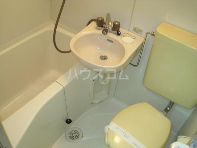 メゾンパレット 205号室の風呂