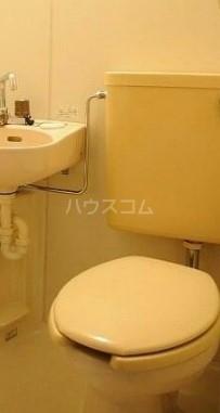 メゾンパレット 205号室のトイレ