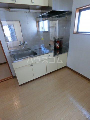 明和コーポB 202号室のキッチン