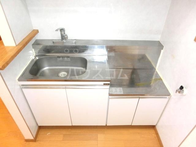 UBN 201号室のキッチン