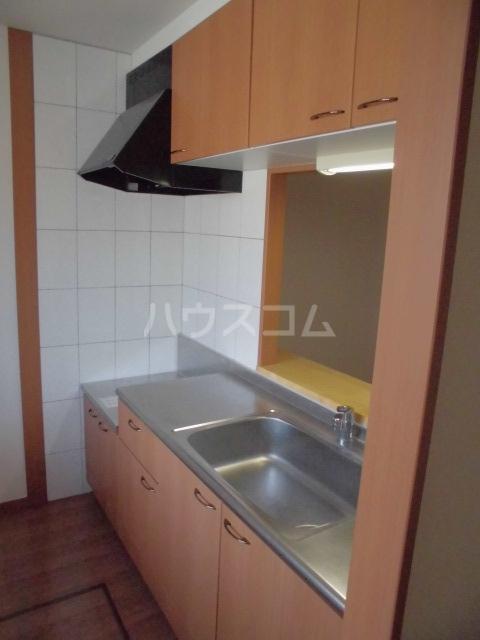 プルミエ 201号室のキッチン