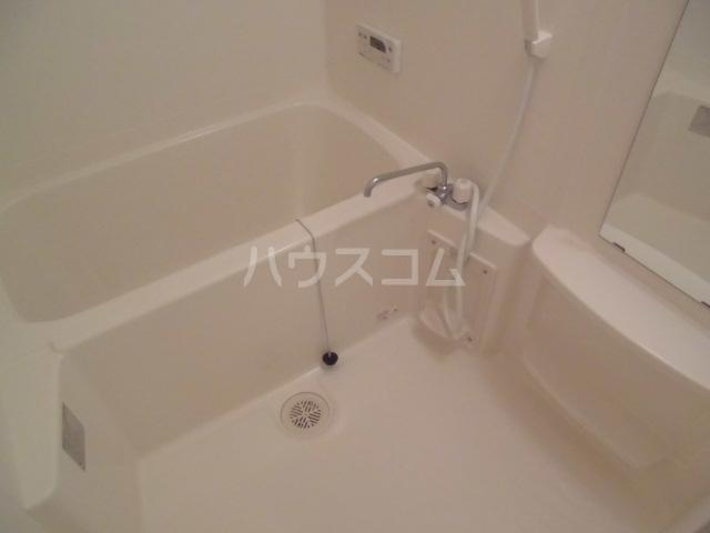 プルミエ 201号室の風呂