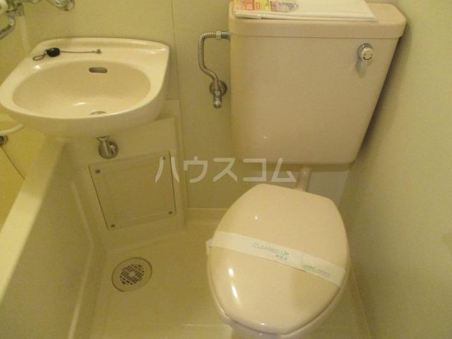 エンゼル鷺沼 306号室のトイレ