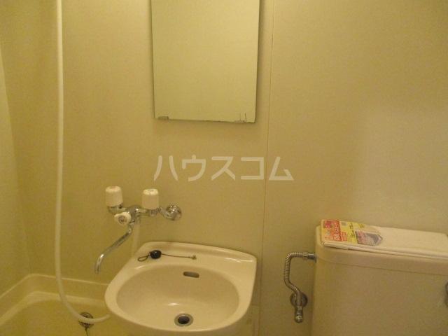 エンゼル鷺沼 306号室の洗面所