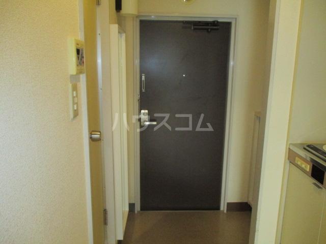 エンゼル鷺沼 306号室の玄関