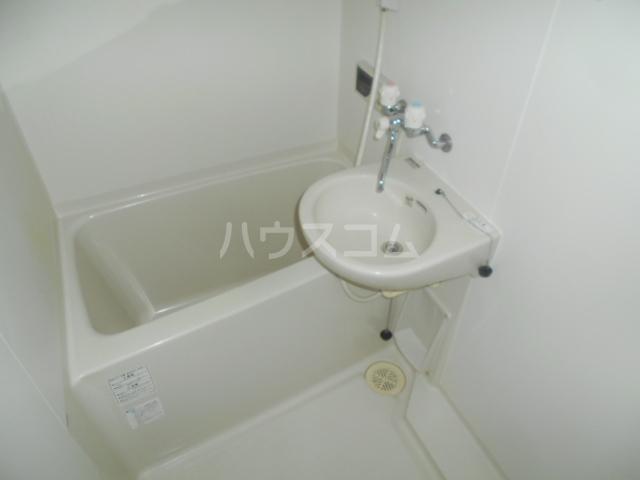 SHA-MERE 101号室の風呂