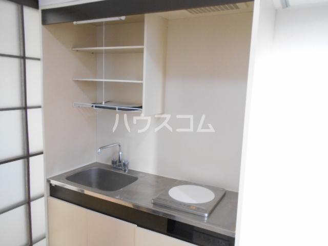 キャッスルT・W 103号室の洗面所