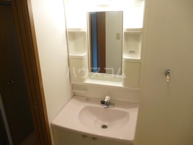 ル・モンテストS 106号室の洗面所