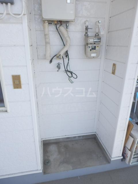 プラザ・ドゥ・ベルタ 203号室のトイレ