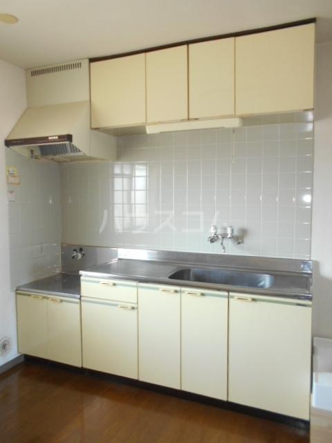加藤マンション 304号室のキッチン