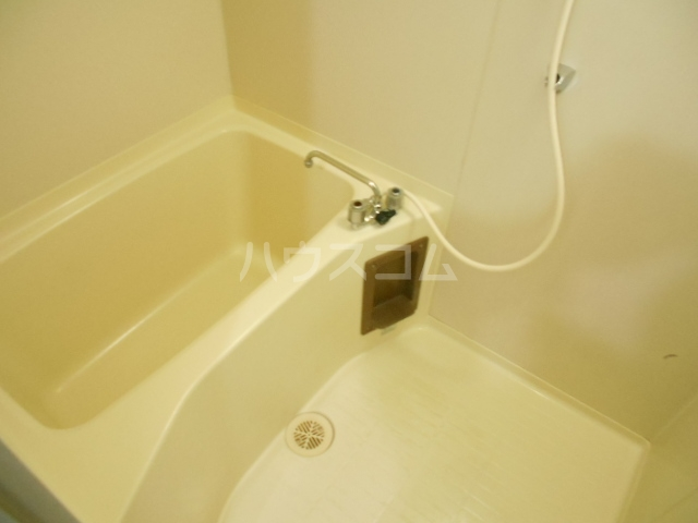 加藤マンション 304号室の風呂