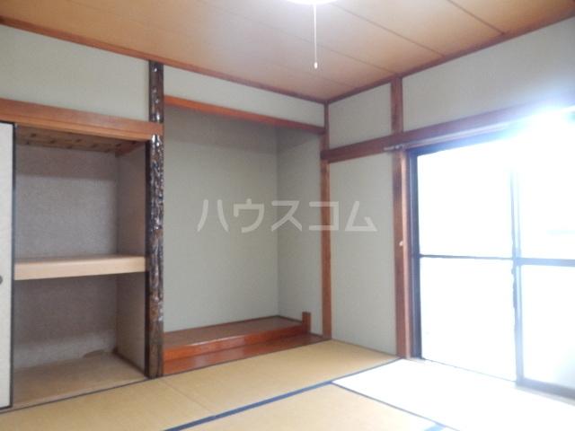 コーポ長谷川 201号室のベッドルーム