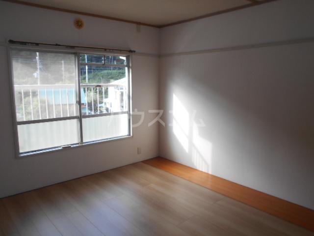 小川ハイツ 305号室の居室