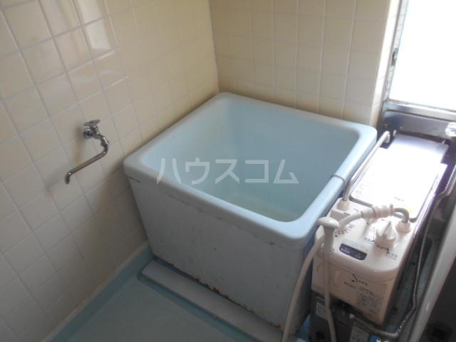 小川ハイツ 305号室の風呂