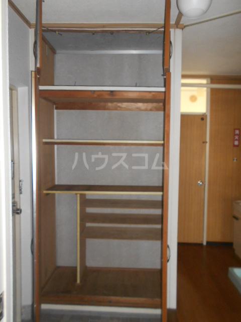 小川ハイツ 305号室の収納