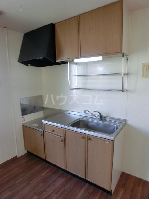 フルール 101号室のキッチン