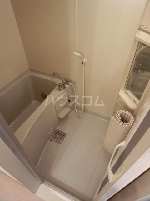 フルール 101号室の風呂
