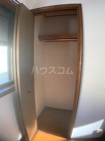 リヴェールハイツ 202号室の収納