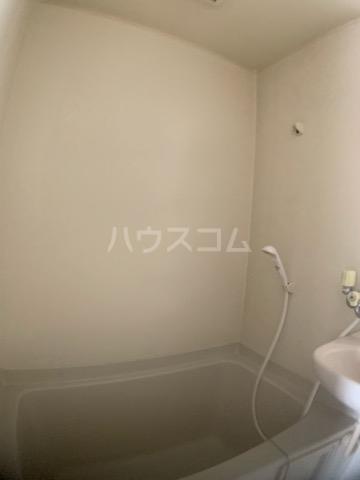 リヴェールハイツ 202号室の風呂