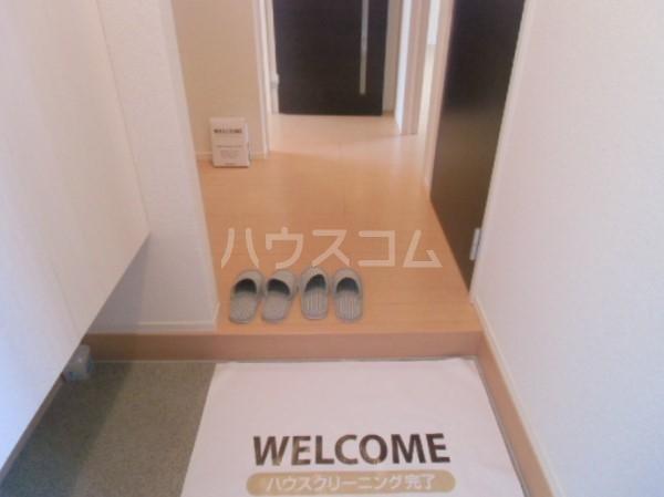 ボヌールおおたかの森Ⅰ 102号室の玄関