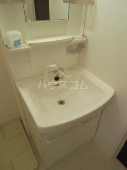 ボヌールおおたかの森Ⅰ 102号室の洗面所