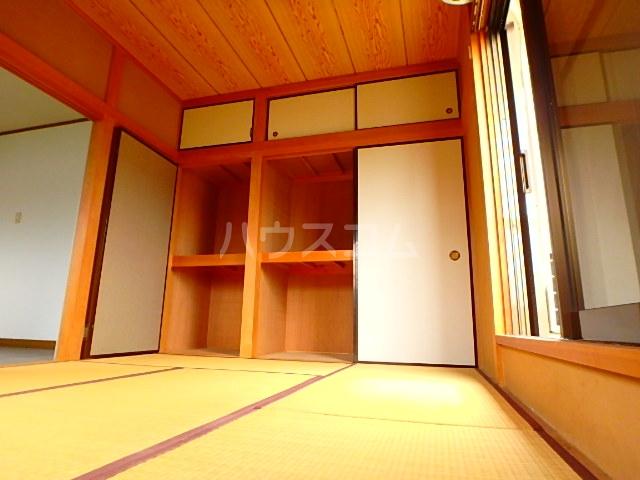 関川アパート A号室の居室
