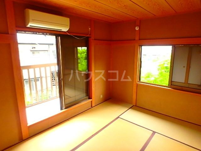 関川アパート A号室のリビング