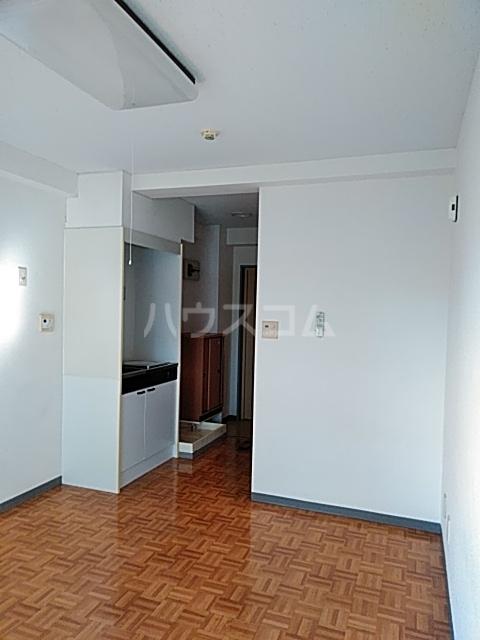 ハイツトーカンドー 102号室の居室